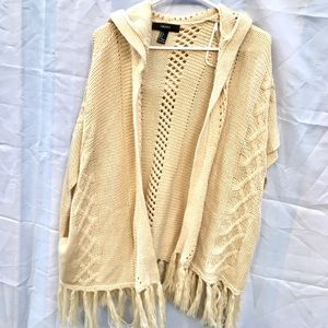 Forever 21 size small cream poncho sweater shawl
